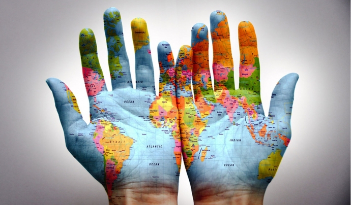 Quan generem informació internacional, cal tenir molt present conceptes com la justícia global i els drets humans.  Font: MatNatPrat