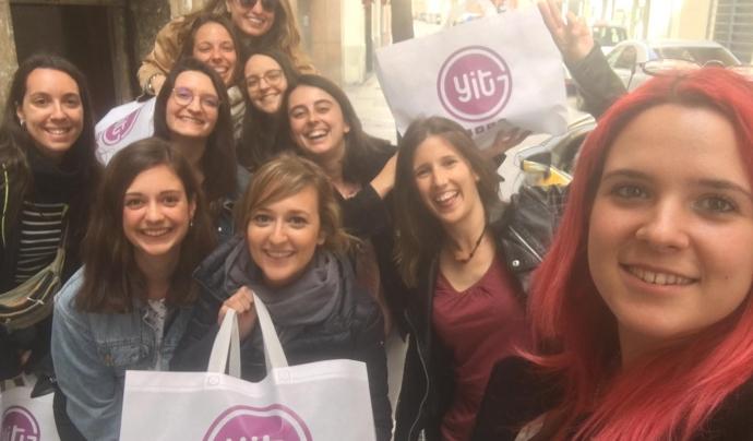 A l'associació Young IT Girls celebraran el Dia Internacional de les Nenes en les TIC amb un vídeo que llançaran a les xarxes socials.  Font: Young IT Girls