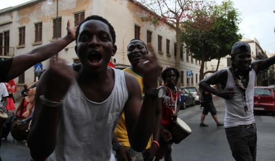 Imatge de persones refugiades a Palerm.