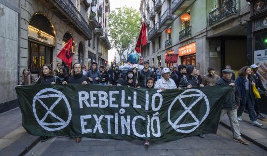 manifestació pel clima Font: Rebel·lió o Extinció