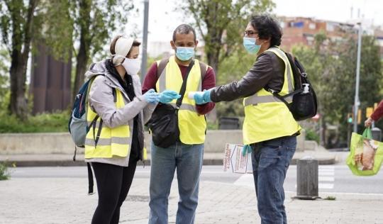La tasca del voluntariat, més imprescindible que mai. Font: Xarxanet