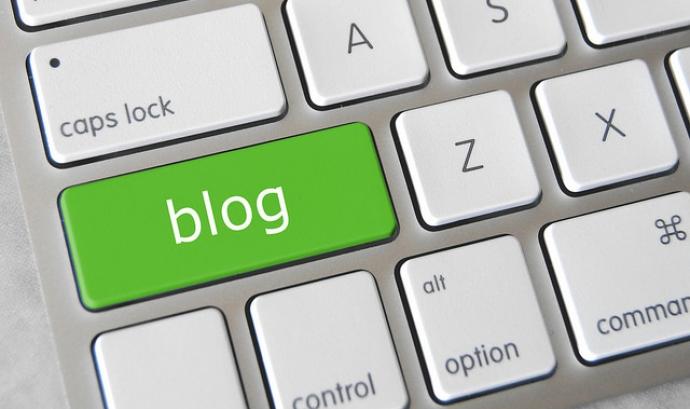 Blog Keyboard Button - Imatge Got Credit