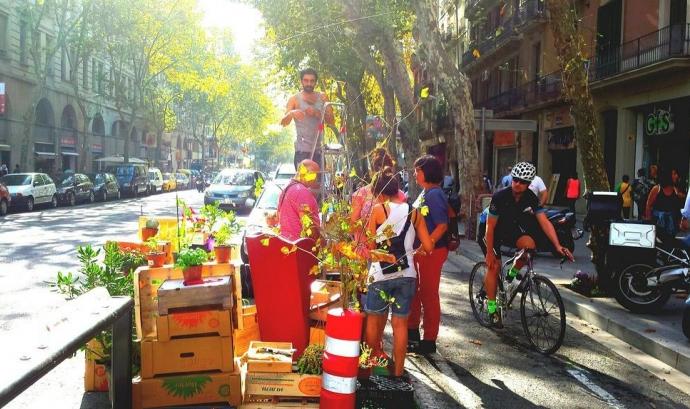 Instal·lació a Sant Antoni (Park(ing) Day a Barcelona) Font: