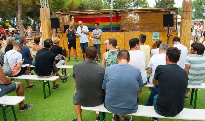Lectura del manifest de l'OCH al Brunch-in the Park Barcelona Font: OCH (Facebook)