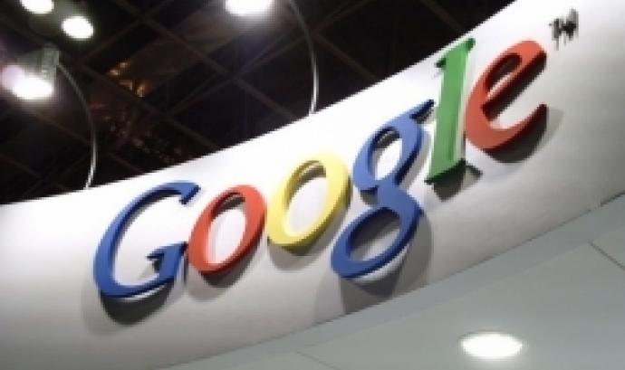 Fotografia d'un cartell de Google. Imatge de :D. Llicència d'ús CC BY 2.0