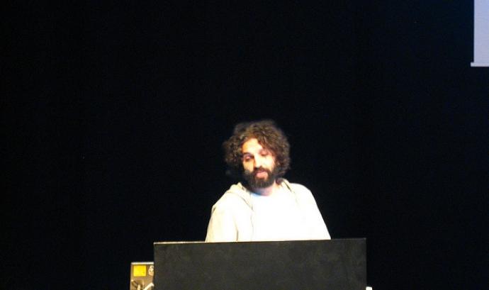 David Cuartielles és un dels cofundadors d'Arduino. Imatge de Luis Villa del Campo (Llicència d'ús CC BY 2.0)