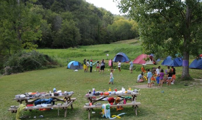 Uns campaments de l'AE Montnegre, de Calella. Font:
