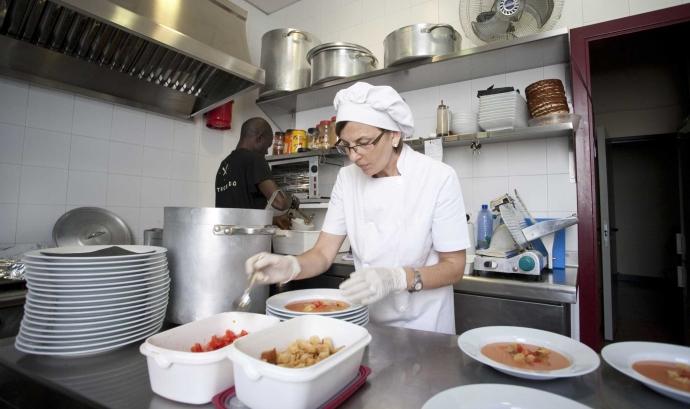 La Trobada serveix mil menús cada mes Font: