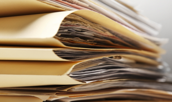 Carpetes amb documents. Font: UGT Cat Font: