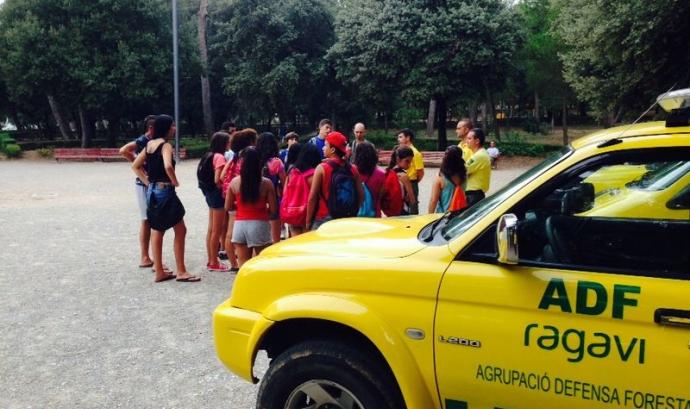 Voluntaris de l'ADF i els joves del Casal de Figueres Font: