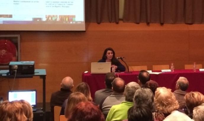 Alba Pedrós, de la Fundació Marianao, a la presentació de la Xarxa de Voluntariat de Sant Boi Font: