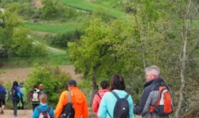 Participants en una caminada per la muntanya. Font: Teresa Grau, Flickr