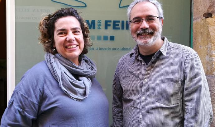 Belén García i Pedro Morena de l'associació Anem per Feina