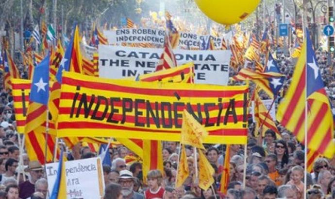 Manifestació demanant la independència. Font: Anticapitalistes.net
