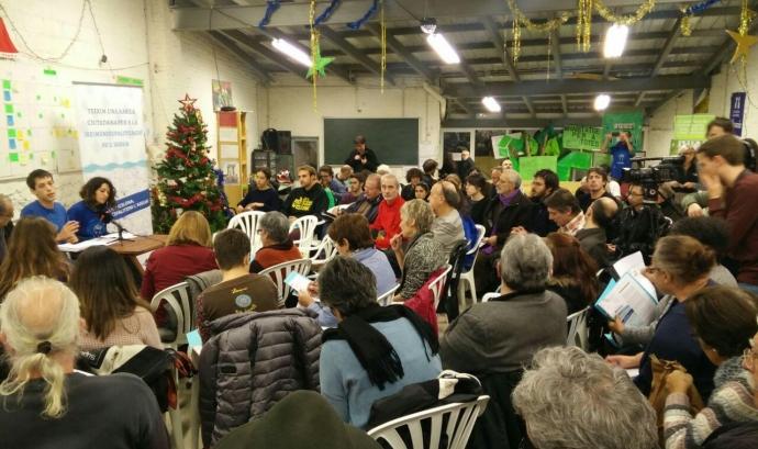Assemblea del 15 de desembre a Sants Font: Aigua és Vida