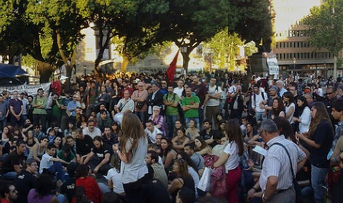 Assemblea de Plaça Catalunya 15M (flickr.com) Font: