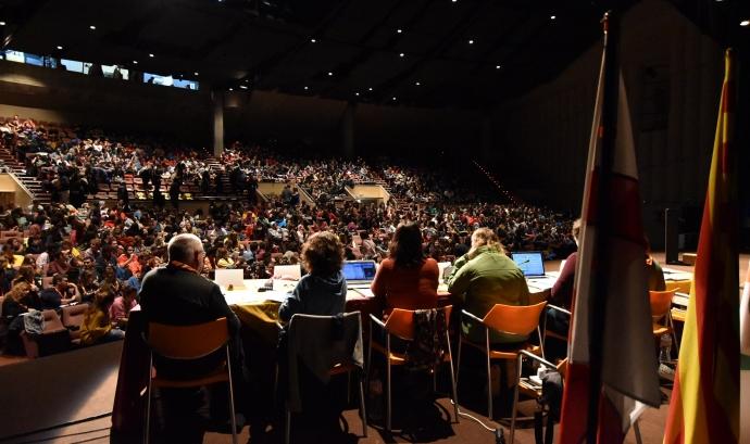 Imatge del plenari de l'Assemblea de Minyons Escoltes i Guies de Catalunya, celebrada a Olesa de Montserrat.