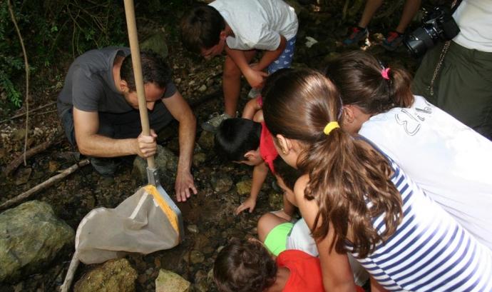 Jornada de voluntariat ambiental al rius Siurana amb l'Associació Cen (imatge: blog.assoc-cen.org)