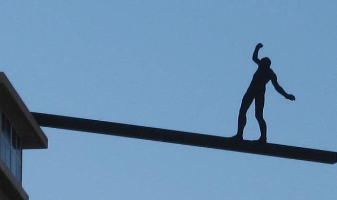 Balance. Font: LN (Flickr) Font: