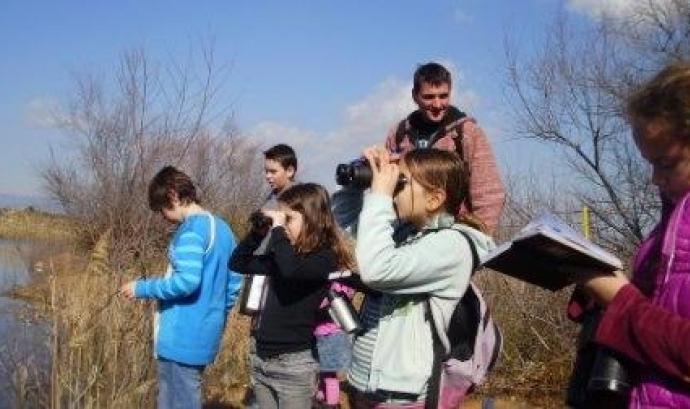El contacte amb la natura aporta beneficis físics, psicològics i socials als infants