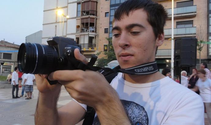 En Jordi ha trobat feina a través del servei d'inserció laboral d'AMPANS. Font: AMPANS