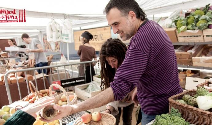 Una parada del Mercat de la Terra de Slow Food Barcelona