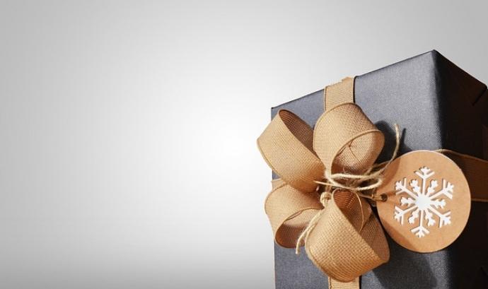 Donacions solidàries per Nadal, la nova campanya del 'Guanyem-hi Tots!'.