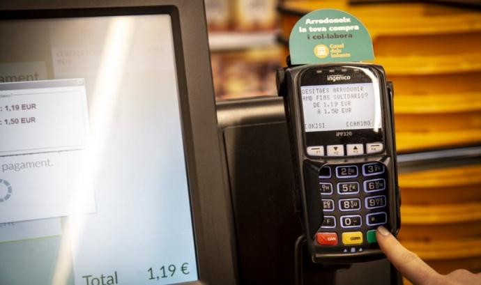 L'arrodoniment solidari és una iniciativa de Worldcoo per finançar projectes socials a través de la compra a supermercats. Font: Worldcoo