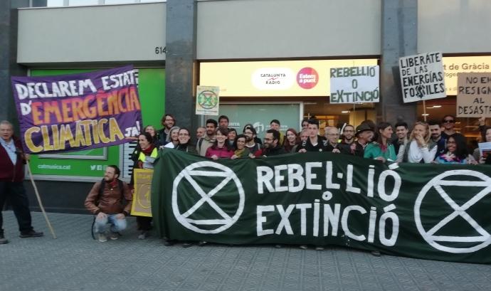 La primera acció del grup Extinció o Rebel·lió ha estat dirigida als mitjans de comunicació  Font: @formenteril