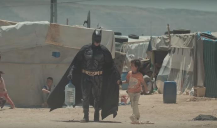 Fotograma del vídeo de la campanya de Batman.