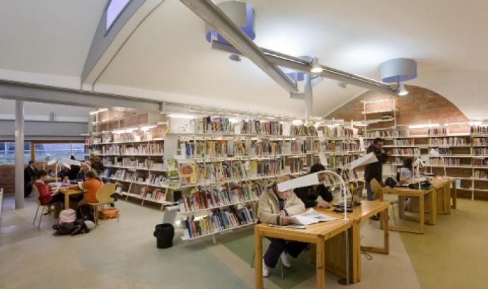 Biblioteca Enric Miralles, a Palafolls Font: Òscar Ferrer, Diputació de Barcelona