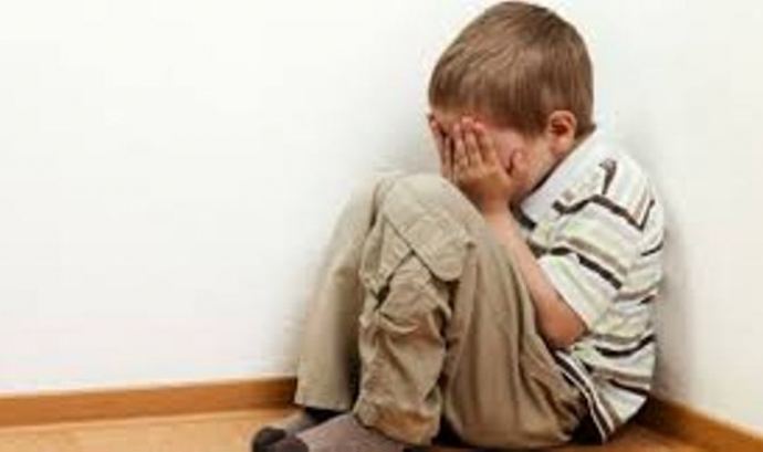 Infant plorant. Font: bienestar.salud180.com Font: