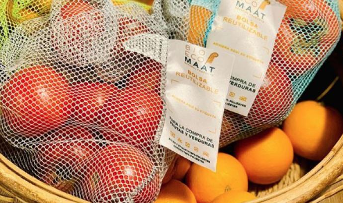 BioEcoMaat proposa bosses reutilitzables per la compra de fruites i verdures Font: BioEcoMaat