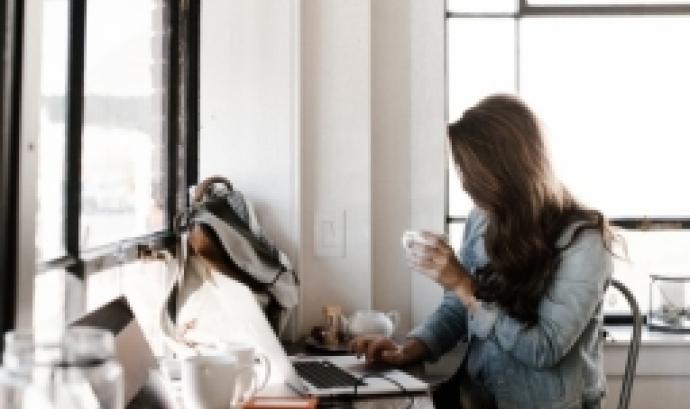L'objectiu és conèixer com dirigir una empresa des d'un lideratge femení competitiu i convertir-se en empresàries. Font: Unsplash.