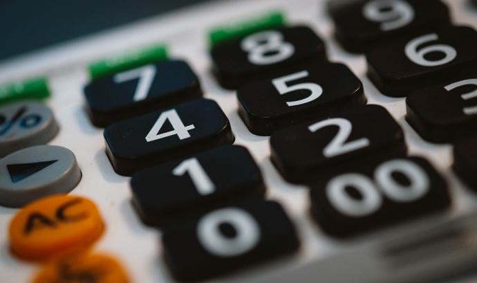 Una calculadora, imprescindible per fer comptabilitat
