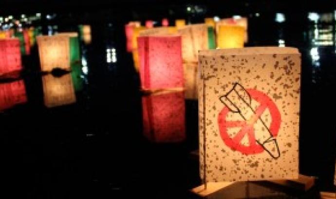 Fotografia de la Campanya Internacional per a l'Abolició de les Armes Nuclears Font: