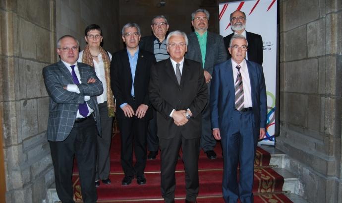 El Conseller de Cultura, Ferran Mascarell, amb els promotors de la iniciativa Font: