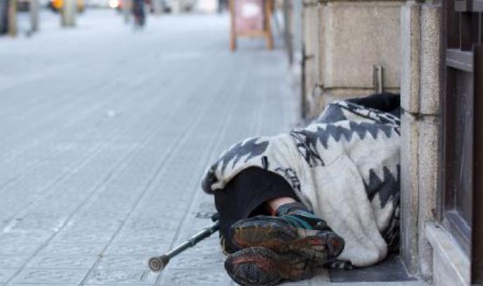 Persona sense llar (Font: Fundació Arrels) Font: