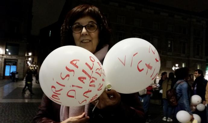 Beatriu Guarro en una manifestació pel canvi de nom de la Plaça Antonio López. Font: Twitter