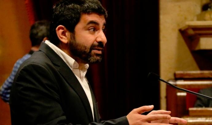 El conseller de Treball, Chakir El Homrani