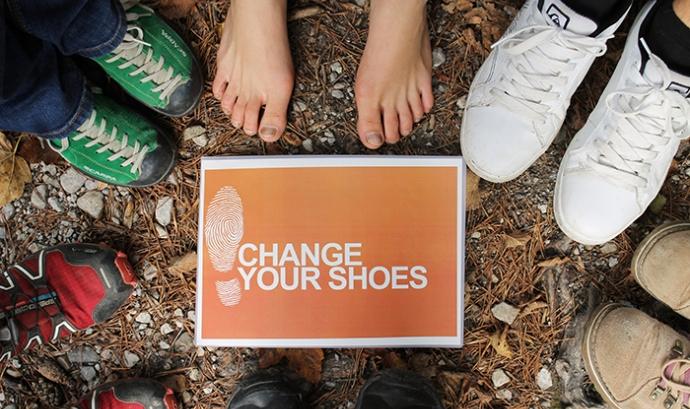 Acció de la campanya 'Canvia de sabates'. Font: Itfashion.com Font: