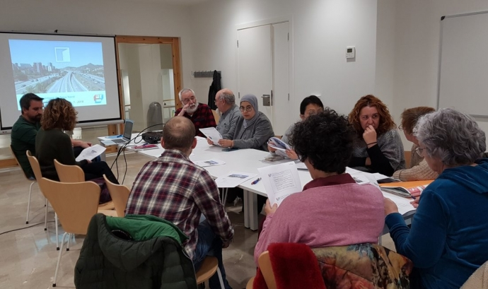 Reunió de la comissió de la CONFAVC que duu a terme el projecte Font: CONFAVC
