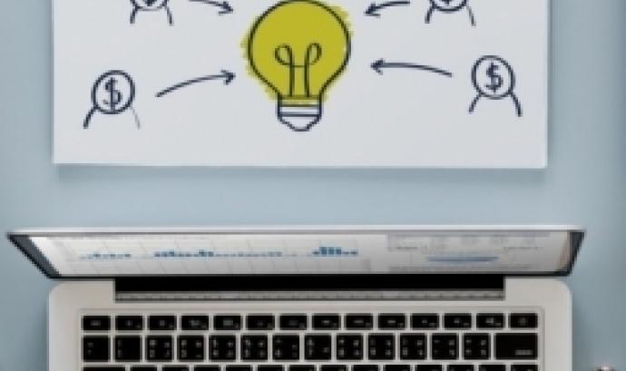 Es vol ensenyar com desenvolupar un pla de captació i entendre com treballar per incrementar els recursos de l'entitat. Font: Unsplash.