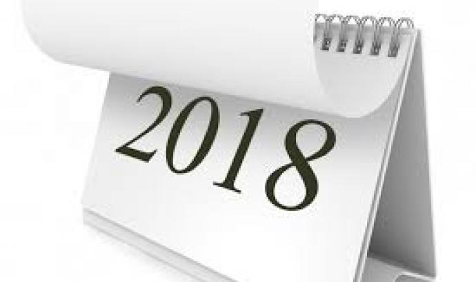 L'associació ofereix un calendari de gran format i un de sobretaula Font: X La Libre