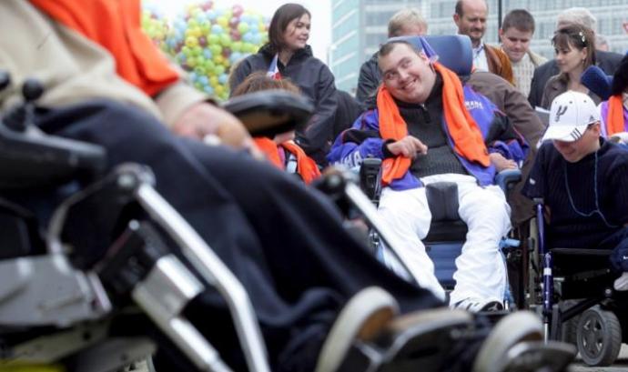 Serveis a persones discapacitades
