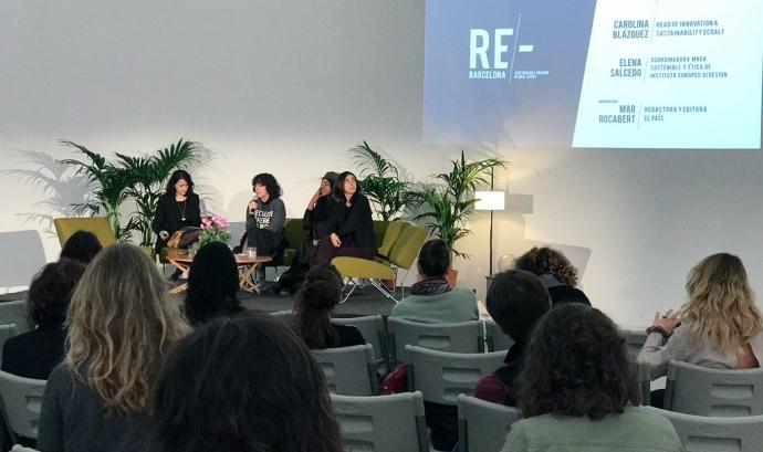 """Tula rodona """"Moda sostenible y ética, reto global"""" en la presentació de RE/-BARCELONA"""