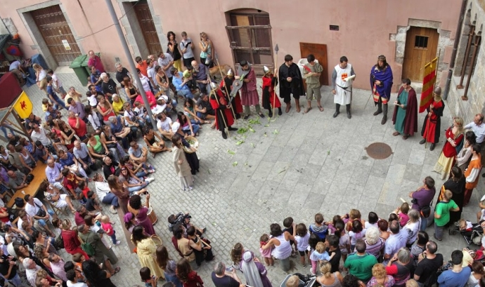 Festival medieval Terra de Trobadors. Font: Picasa de l'Ajuntament de Castelló d'Empúries Font: