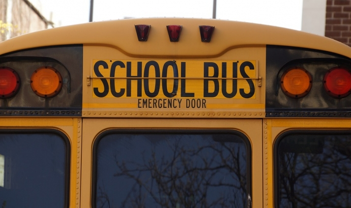 Bus escolar Font: Pixabay