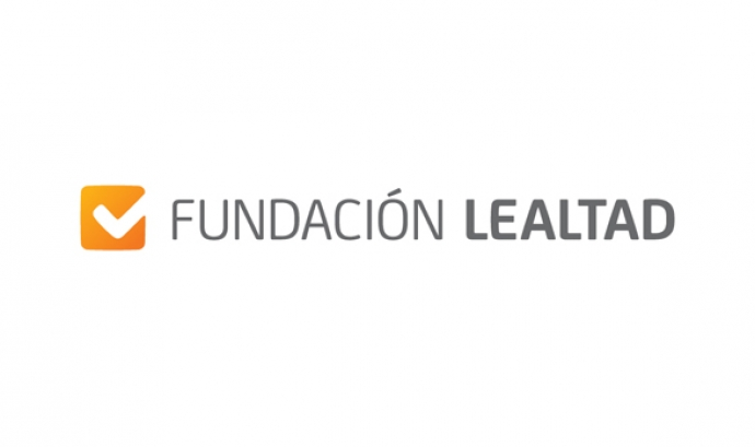 Logotipo Fundación Lealtad Font: