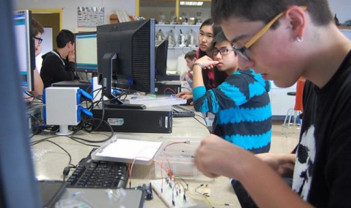 Moviment Xnergic, entrenament de robòtica i programació